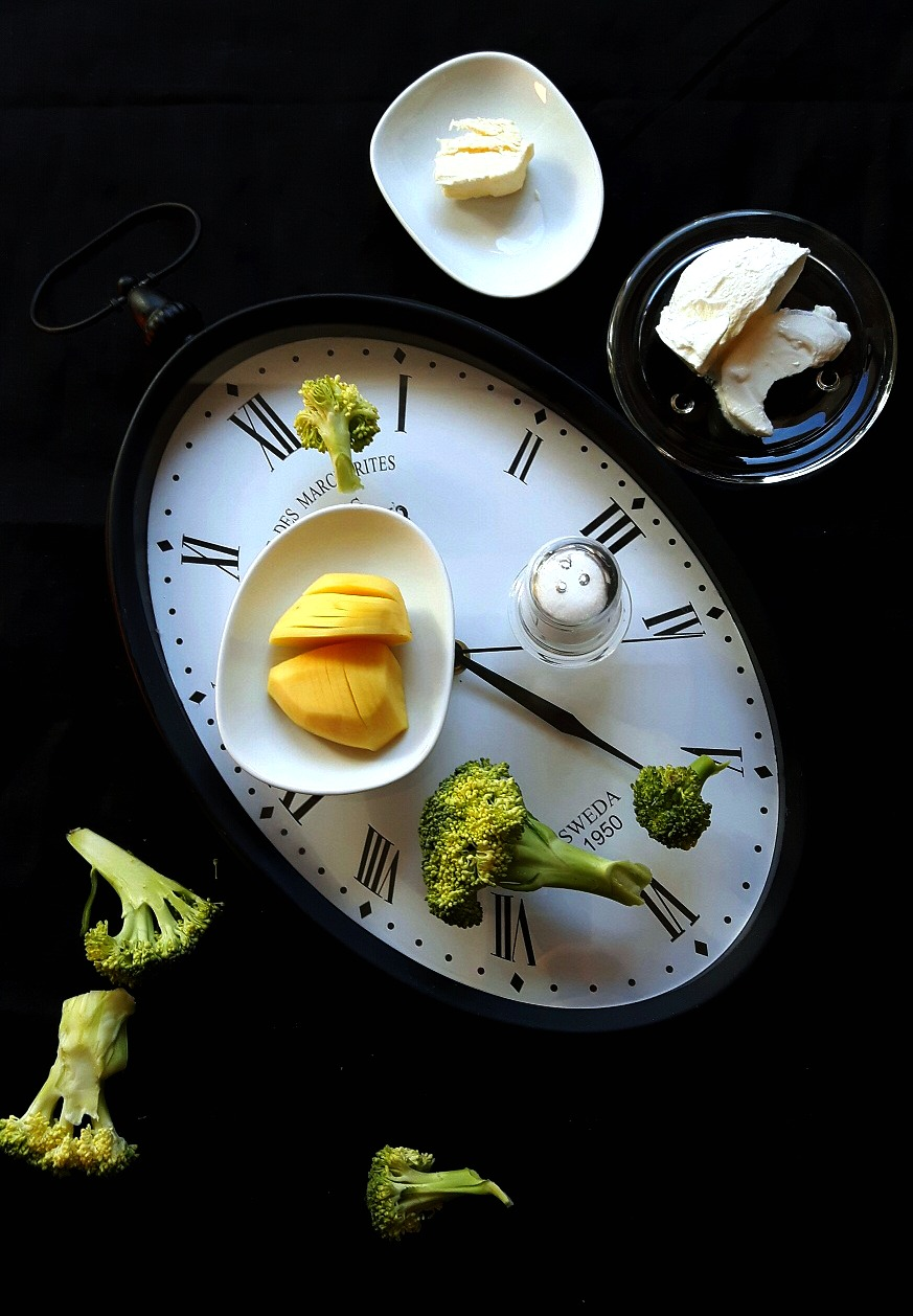 Supă cremă de broccoli - hrană verde pentru suflet :)