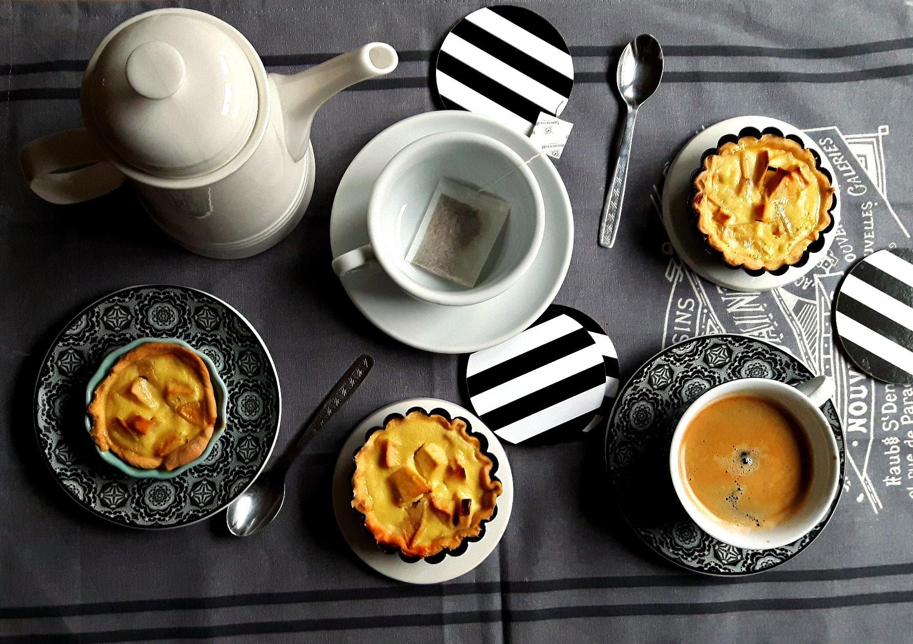 Dulciuri sofisticate. Mini tarte cu mere și coniac (în niciun caz) pentru Ziua Îndrăgostiților