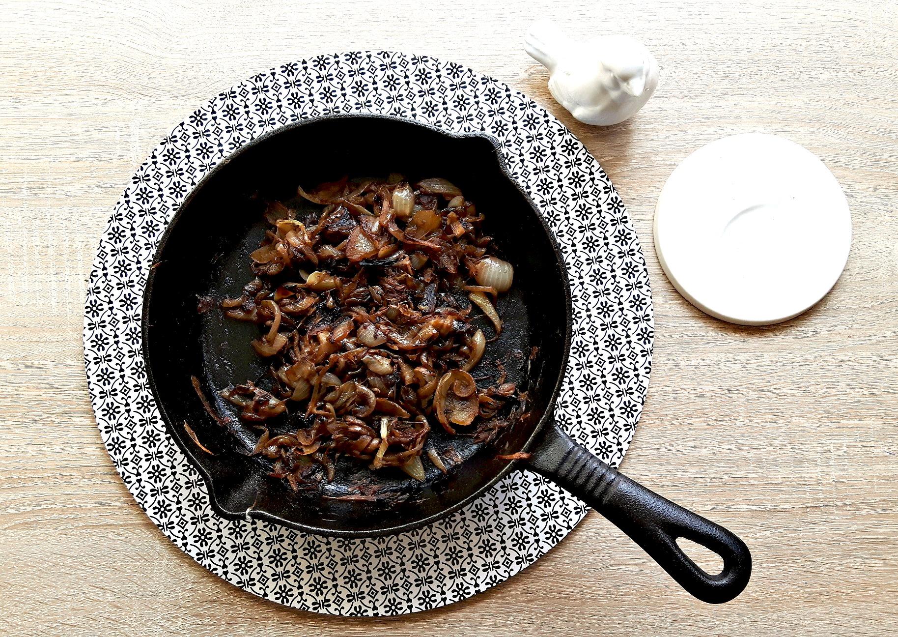 Cum să pregătești cea mai bună ceapă caramelizată?