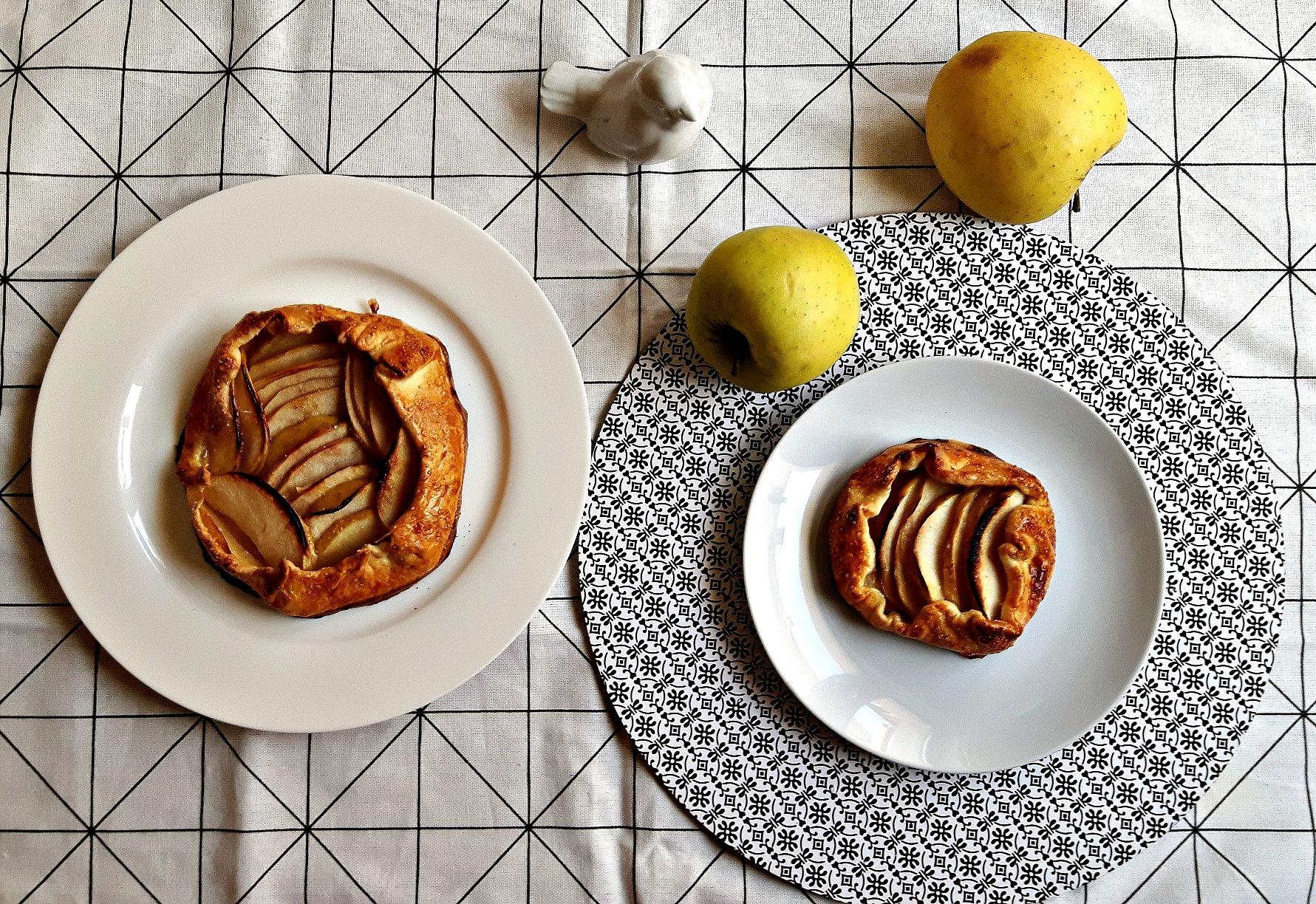 Galette cu mere infuzate în coniac