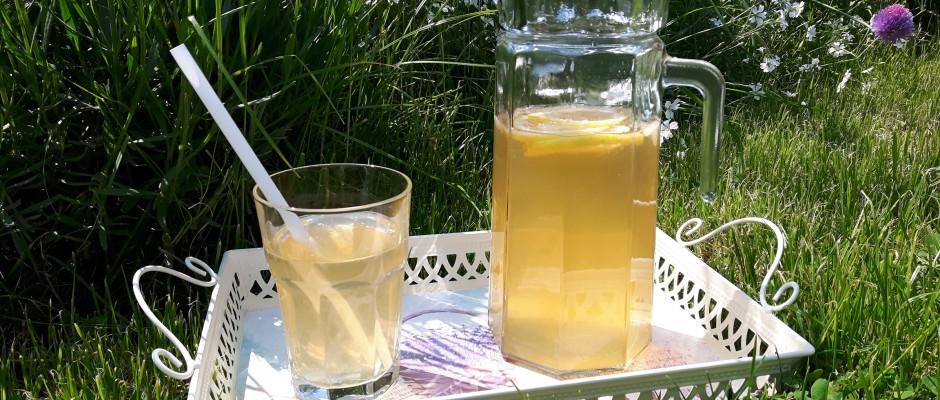 Pregătește un ice tea de vară în 3 pași simpli!